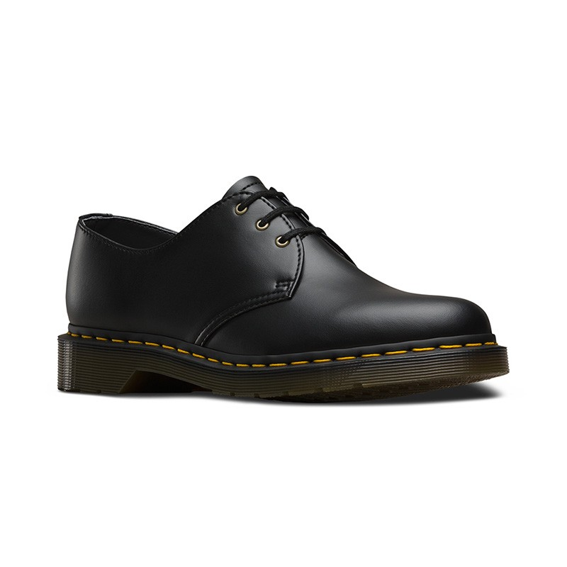 Dr. Martens Vegan 1461 in Black Felix Rub Off