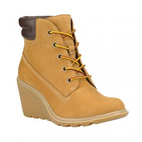 "Timberland Women's Earthkeepers Amston 6"" Boots in Wheat"
