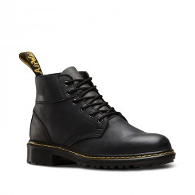 Dr. Martens Horton in Black